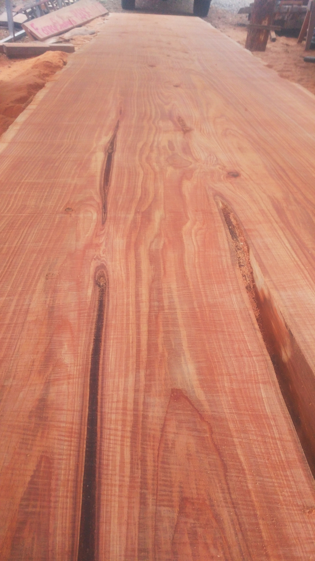 big-cedar-slab-close-up